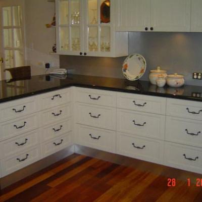 Vagnoni Cabinets Kitchens 39