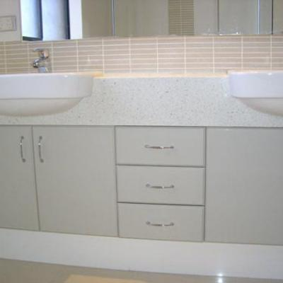 Vagnoni Cabinets Bathroom 10