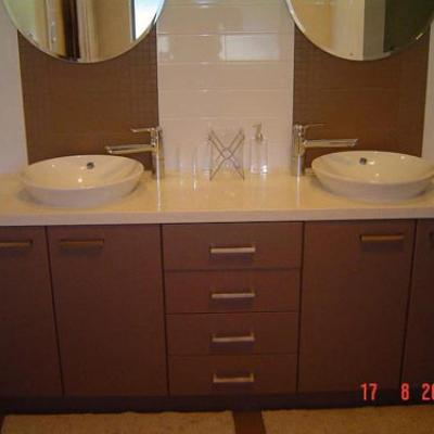 Vagnoni Cabinets Bathroom 14