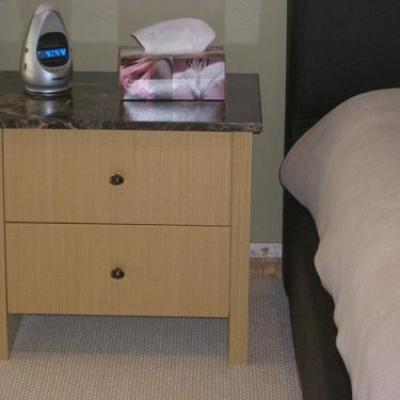 Vagnoni Cabinets Bedside Table 3 2