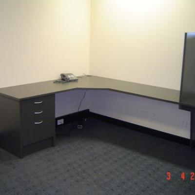 Vagnoni Cabinets Office Desk 4 3